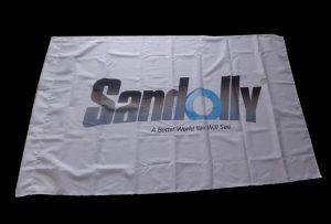 Banner vlajkovej tkaniny tlačenou eco solventnou tlačiarňou WER-ES160 s rozmermi 1,6 m